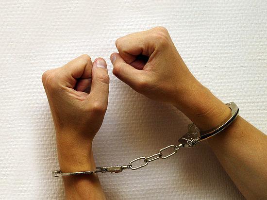 Краснодарского активиста арестовали заприкрепленный кбюсту Дзержинского крест