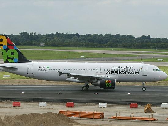 Угонщики ливийского самолета согласились отпустить всех пассажиров