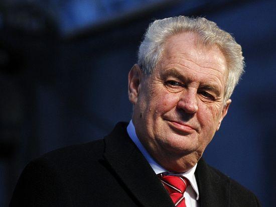 """Президент Чехии пожелал согражданам """"опасной жизни"""" - Политика, В мире"""