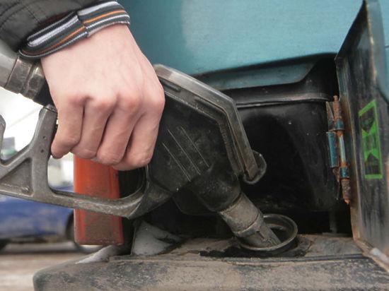 """5d4010249 1431378 - В Минэнерго назвали рост цен на бензин """"провокацией"""""""