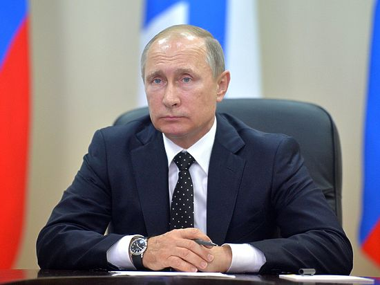 Рейтинг доверия Владимиру Путину растет скаждым днем