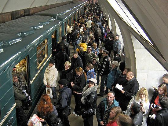 Движение научастке оранжевой веточки московского метро ограничат надва дня