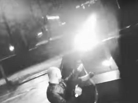 Пока полиция ищет стрелявших из автомата, появилось новое видео мажоров