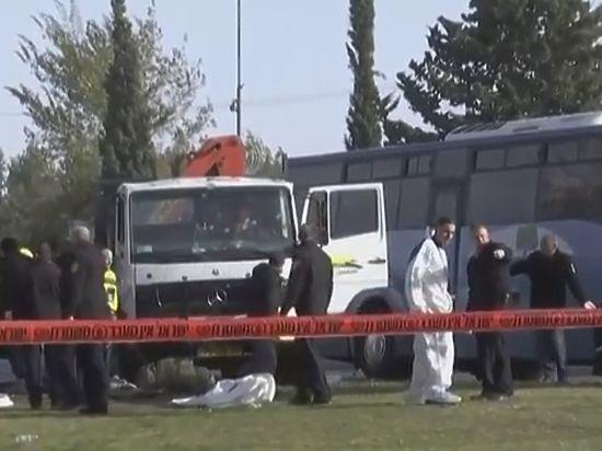 Image result for фото теракт с помощью грузовика в израиле
