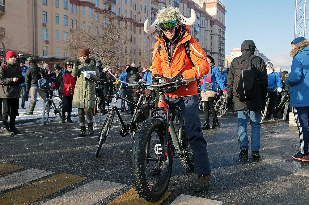 Второй Московский зимний велопарад прошел в Москве