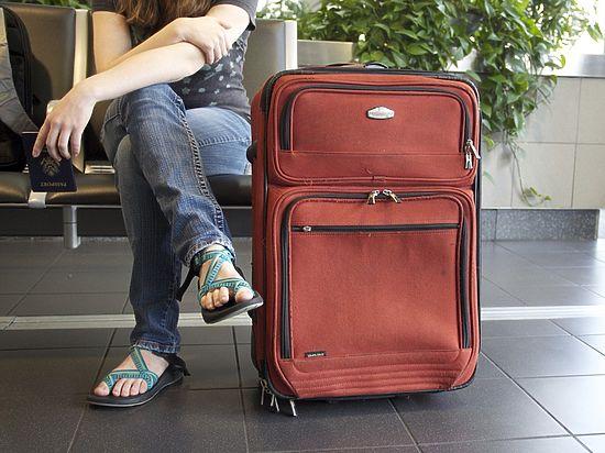 Туристов, оказавшихся в беде за границей, не будут кормить