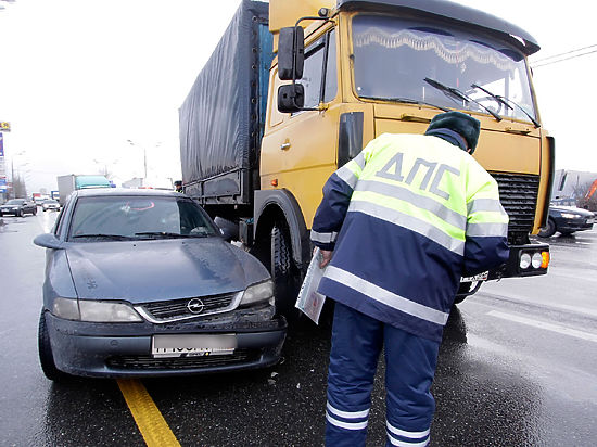 Водителей спасут от «автоюристов»