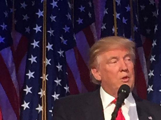 Трамп пообещал вести себя с Россией жестче, чем Клинтон