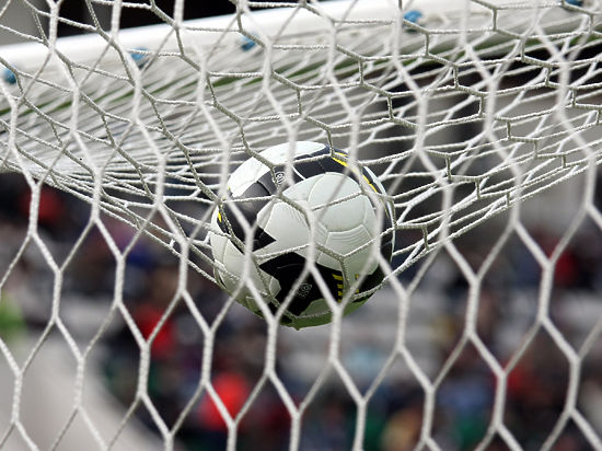 «Арсенал» продлил договоры стремя основными футболистами: Жиру, Кокленом, Косельни