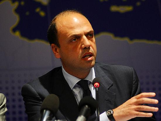 Руководитель МИД Италии выступил завозвращение РФ вG8