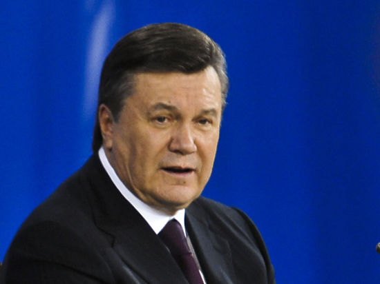 Луценко: Украина получила объявление Януковича спросьбой о русской военной интервенции