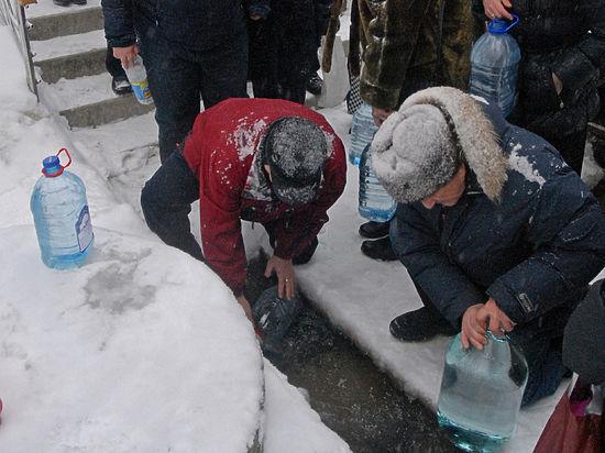 Святая вода на Крещение: служитель РПЦ рассказал о запретах
