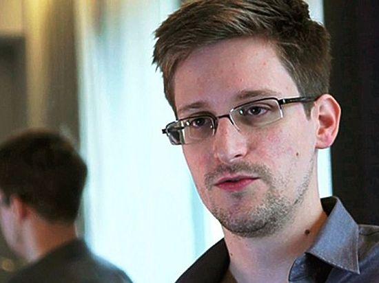 Политик: Сноудена ждет амнистия и переезд в США