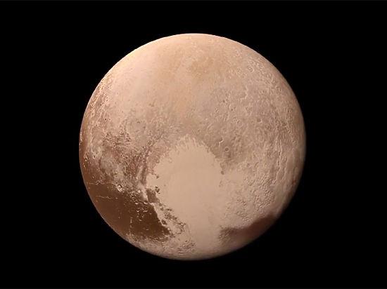 НАСА показало цветное смонтированное видео «посадки» New Horizons наПлутон