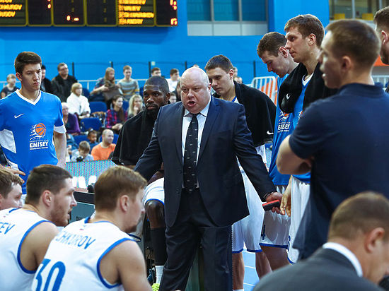 Красноярские баскетболисты добились волевой победы в Болгарии