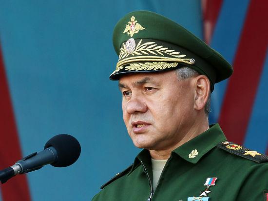 Шойгу: войска на юге нужно усилить из-за конфликта на Украине