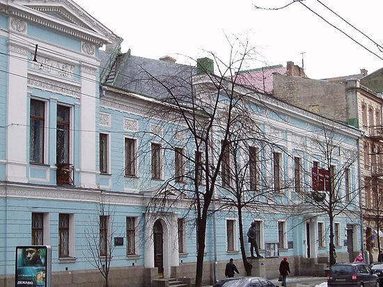 Киевсовет переименовал музей русского искусства в«Киевскую галерею»