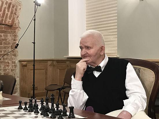 Борис Спасский о Владимире Высоцком 2013  YouTube