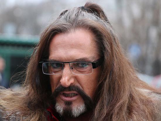 Джигурда пригрозил «энергетической поркой» подавшей нанего всуд эстрадной певице