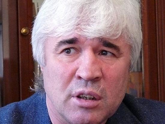 Футболист Евгений Ловчев пытается вернуть свои вклады через суд
