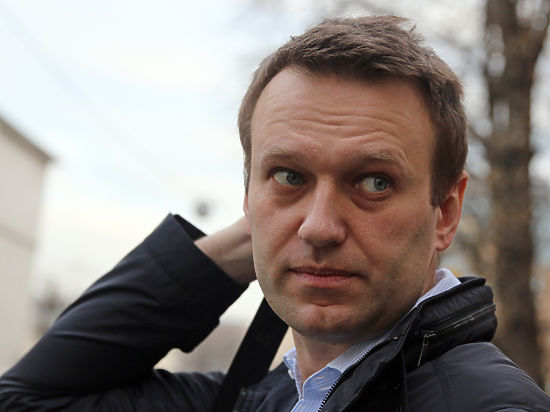 Навального иОфицерова принудительно доставят всуд 1февраля