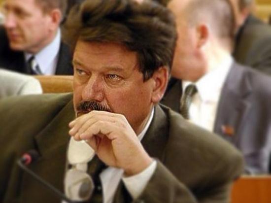Управделами президента всуде требует вернуть служебные квартиры депутатов