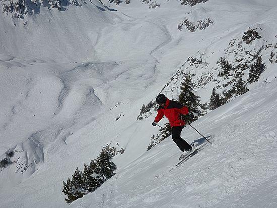 В Кузбассе горнолыжник скончался после столкновения со сноубордисткой