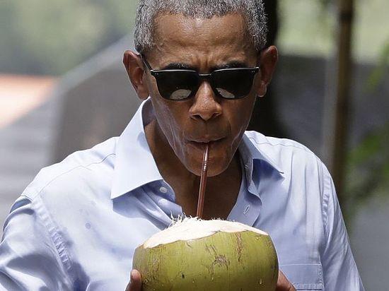 Обама отдыхает наВиргинских островах умиллиардера Брэнсона