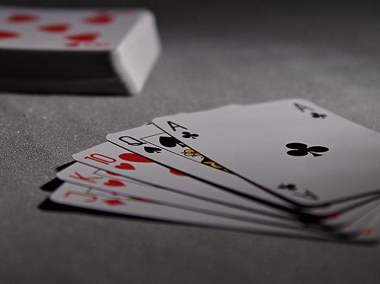 Исскуственный интеллект впервые обыграл профессиональных игроков в покер