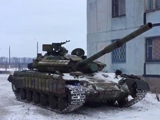 Вошедшие в Авдеевку украинские танки попали на видео