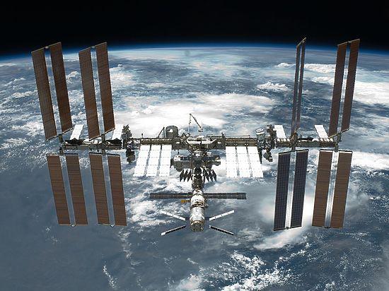 Поднимаем головы - смотрим пролет МКС над Москвой