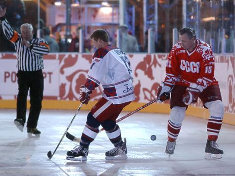 Александр Якушев: «Чем хоккей лучше футбола? Тем, что отпуск летом»