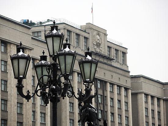 В Думе предложили запретить выдвигаться в президенты от непарламентских партий