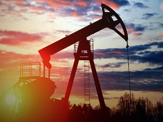 Нефть снова дорожает по политическим причинам с подачи США