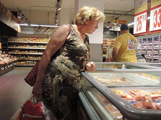 Треть россиян не может купить колбасу: опрос шокировал