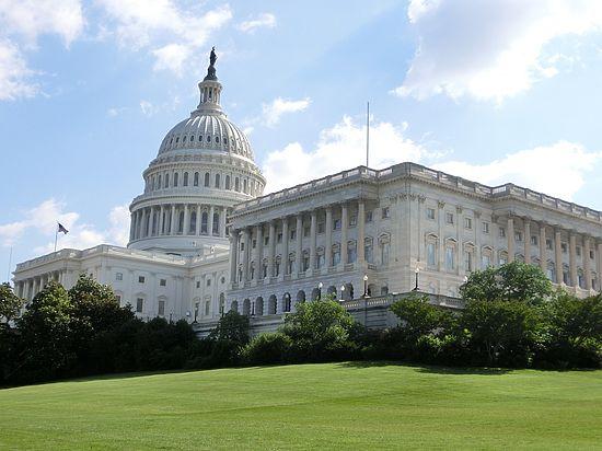 Сенат США заранее запретил Трампу снимать антироссийские санкции