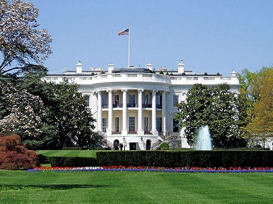 Белый дом дал надежду России, обойдя молчанием главные санкции
