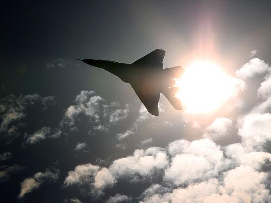 Английские истребители подняты наперехват русских бомбардировщиков над Атлантикой,