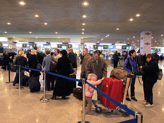 ВДомодедово задержали вылет самолета, пассажир которого объявил ожелании подорвать гранату