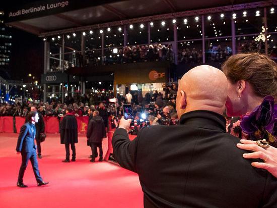 Берлинский кинофестиваль открылся провокационно - картиной об оккупации Франции