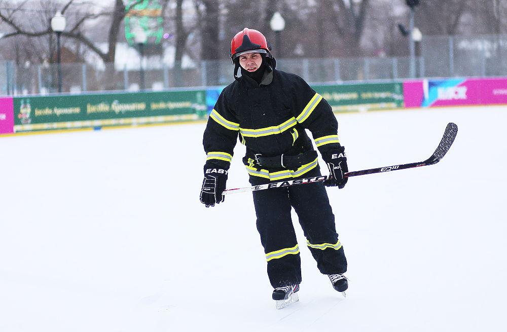 Руководитель МЧС встал наконьки впроцессе флешмоба вмосковском Парке Горького