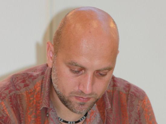 Песков признал наличие россиян на Донбассе на примере Прилепина