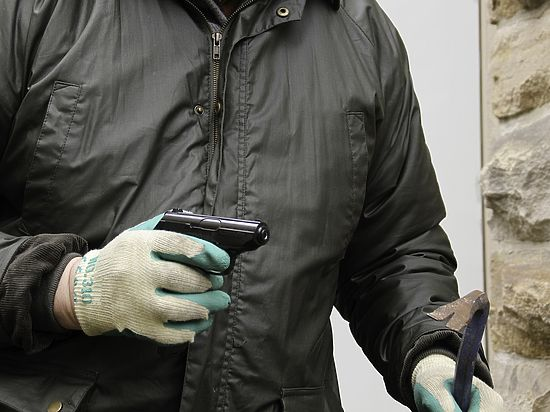 «Витя, посмотри в камеру»: как бандиты грабили подмосковные магазины