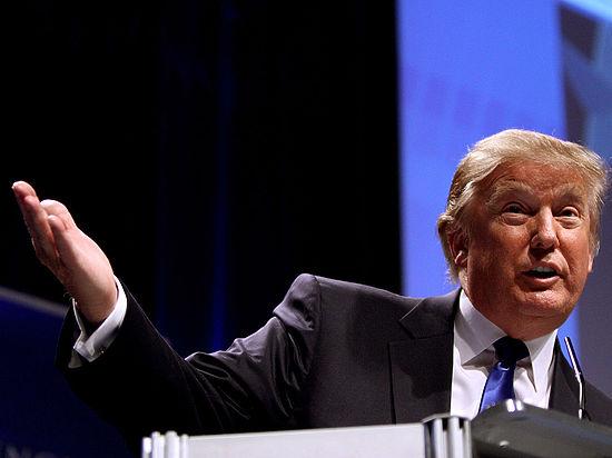 """Трамп заявил, что Россия """"захватила"""" Крым по вине Обамы"""