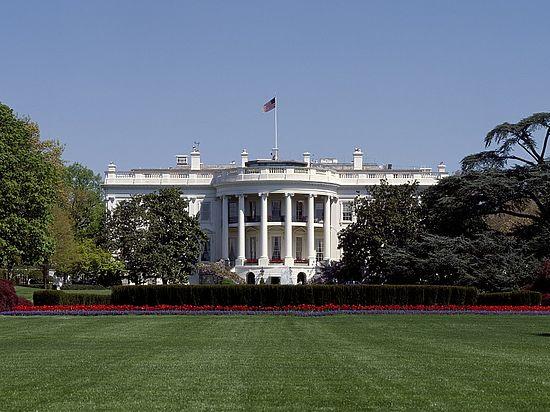 Белый дом: Трамп будет добиваться «сделки» сРоссией