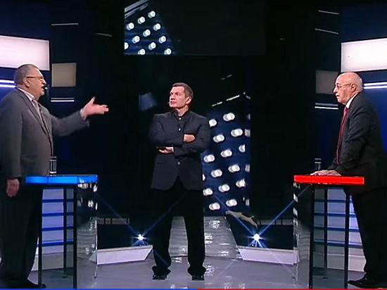 """Вежливые люди: Жириновский и Кургинян расшаркались в поединке """"Поединке"""""""