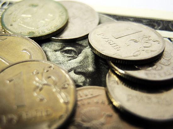 Орешкин словесными интервенциями обрушил курс рубля