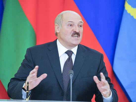 Лукашенко уехал в Россию на фоне охвативших Белоруссию протестов «тунеядцев»