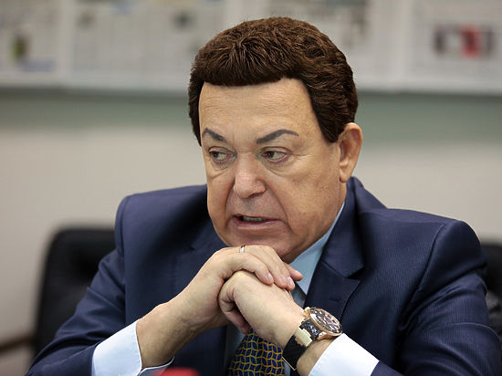 ЕР ради Кобзона отказалась считать ДНР государством