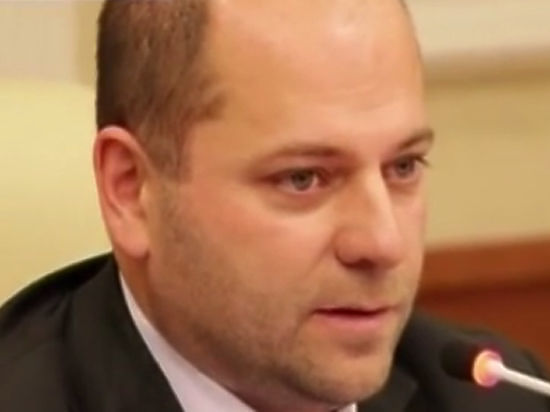 Генпрокуратура обвинила депутата Гаффнера вмахинациях спарламентской заработной платой